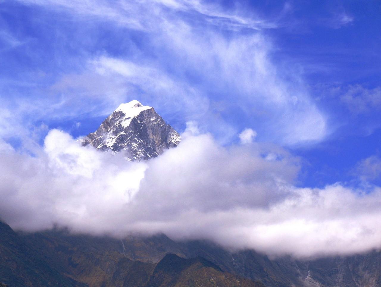 Пик в небесах. Непал